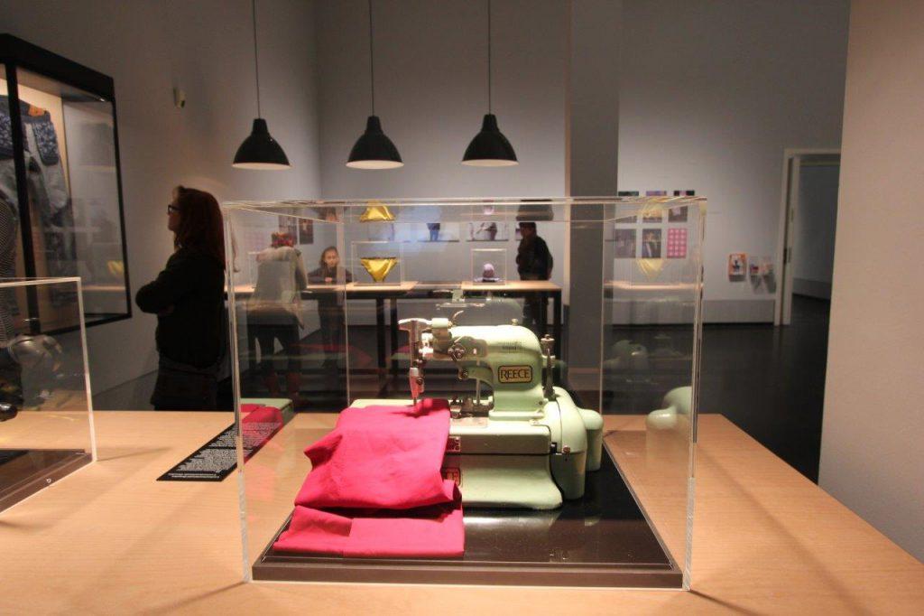 Ruffloff Garments at Deutsche Hygiene Museum Dresden, Reese sewing machine
