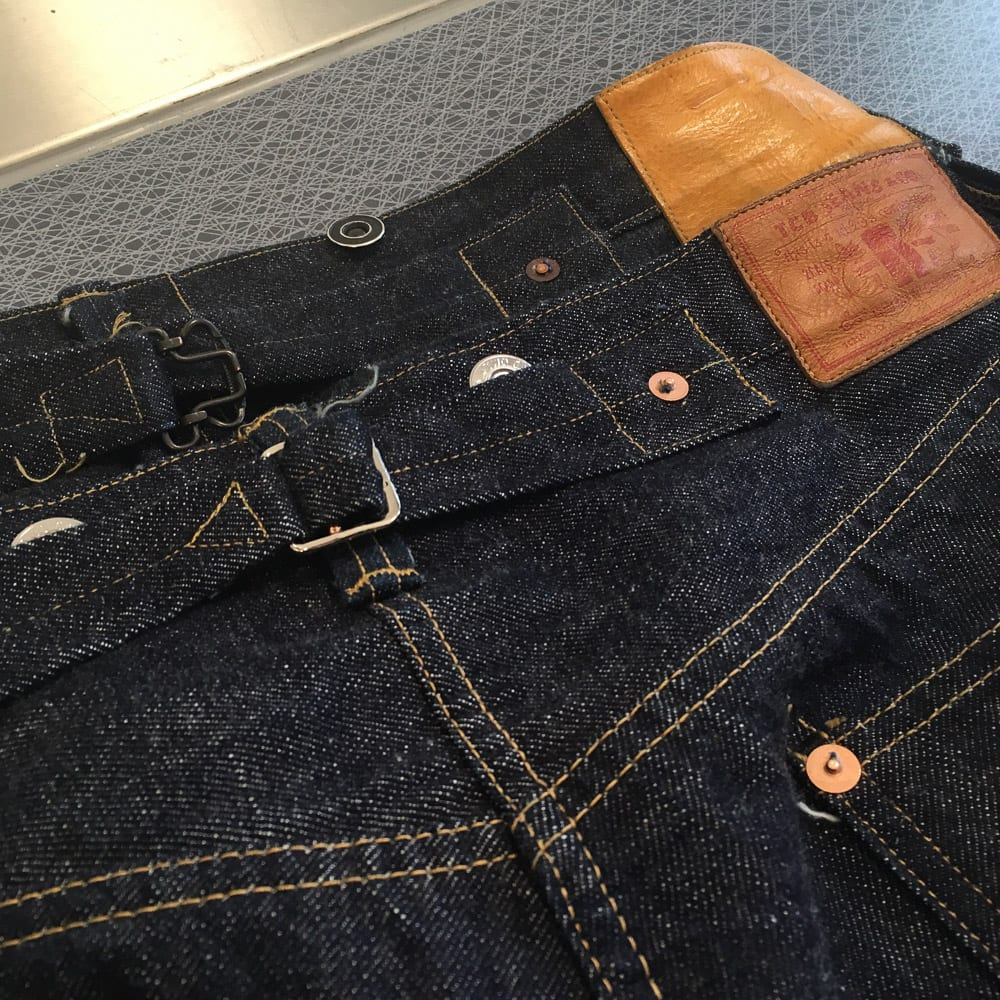 Alexander Ohlson, blue blooded instagrammer, indigovein, Denimhunters, raw denim, Japanese denim, selvedge, cinch backs