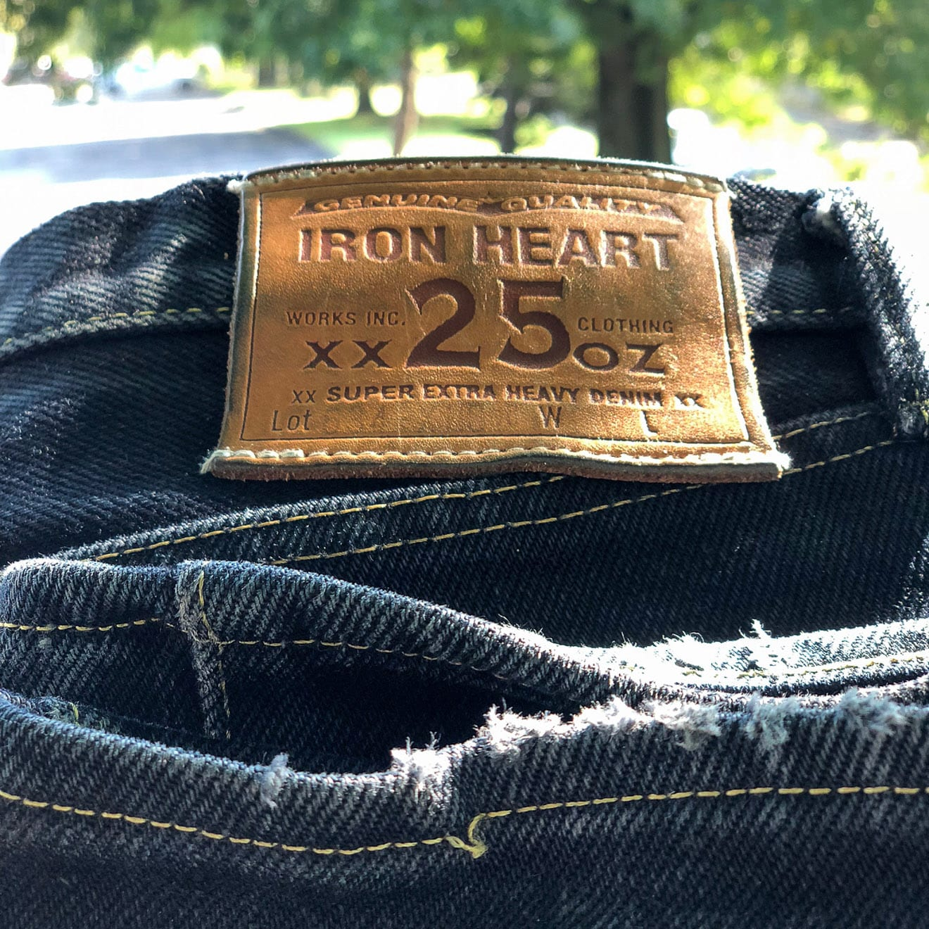 Must-follow Instagrammers. Iron Heart army. heavyweight denim, made in Japan, raw denim, Iron Heart, 25 oz, 25 oz.