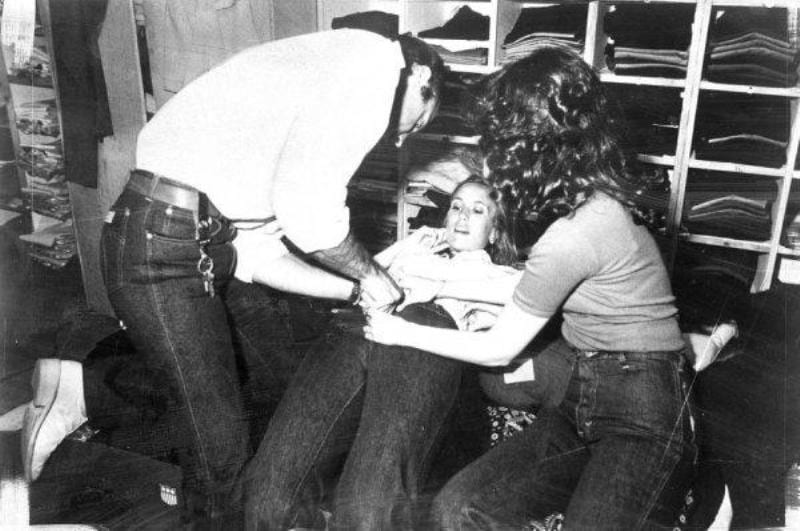 tight jeans, MacKeen jeans, Gloria Vanderbilt jeans, French Jeans Store, New Yorkm, 1970s