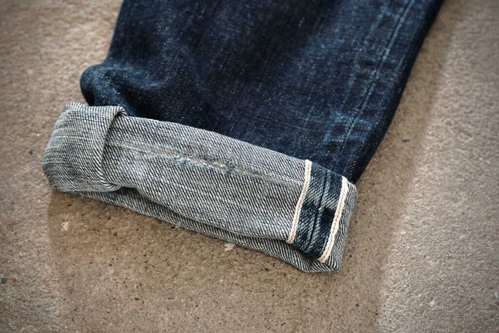 how to cuff jeans, cuffing, Denimhunters, denim guide, pin roll cuff,
